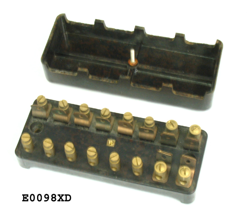 fuse box 8 fuse nos vintage style of black brown e0098xd