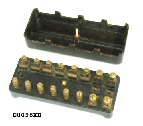 fuse box 8 fuse nos vintage style of black brown e0098xd